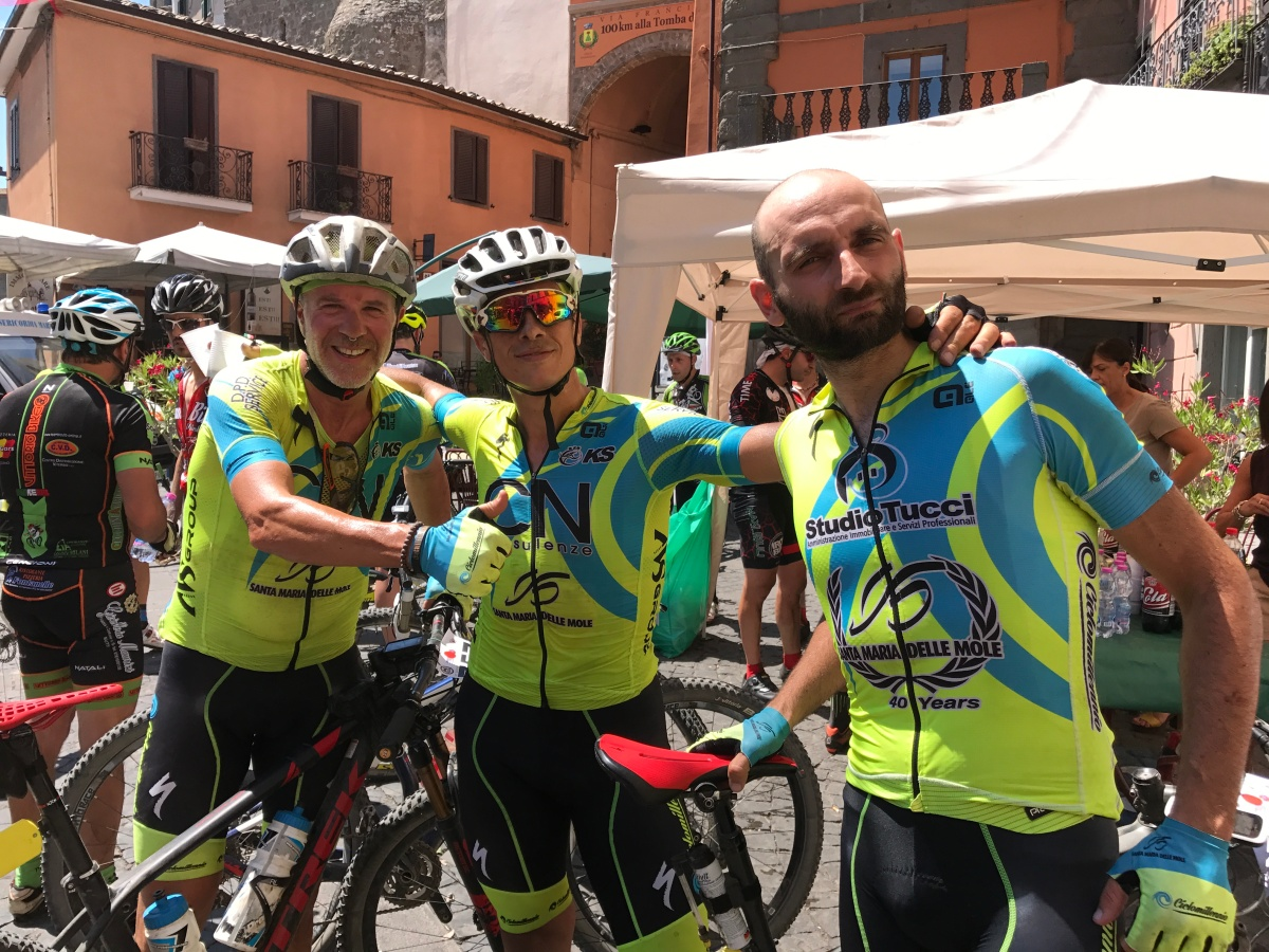 Il Team CicloMillennio alla tappa finale del circuito di MTB Maremma Tosco Laziale di Montefiascone ci racconta com'é andata la gara in una giornata super calda!