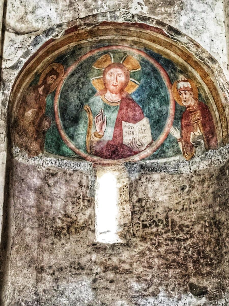 La chiesa Templare di Santa Maria in Forum Cassii a Vetralla ed il nodo di Salomone (Sigillum Salomonis)