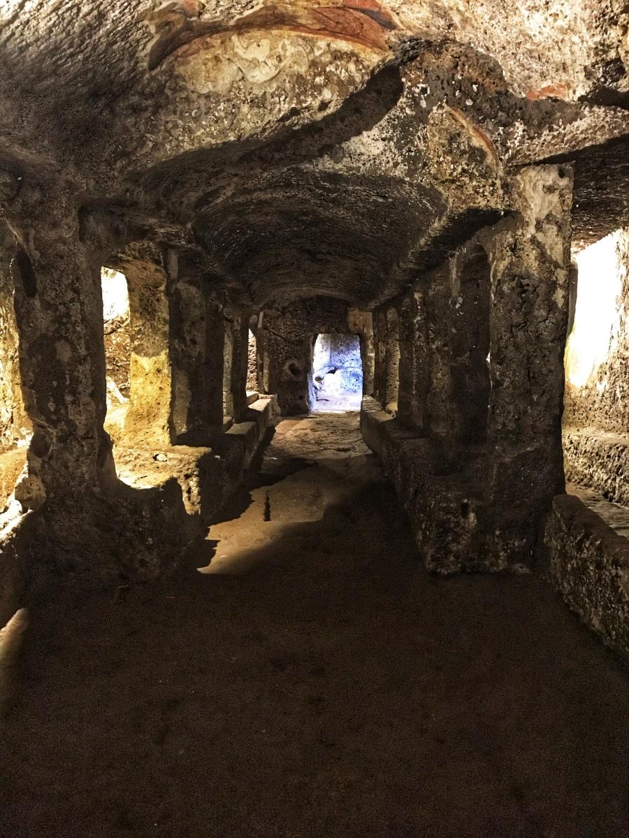 Sutri il tempio nascosto del Dio Mithra ed i sette gradi di iniziazione dei miles romani